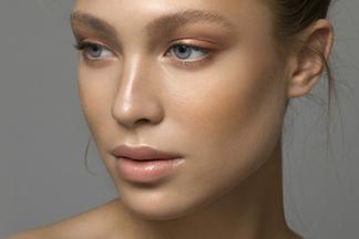 Вся правда об увеличении губ. 10 карточек с ответами косметолога на самые частыевопросы