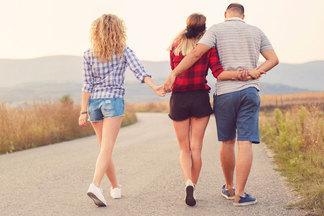 Любовница или жена? 9карточек о чувствах в «любовном треугольнике»